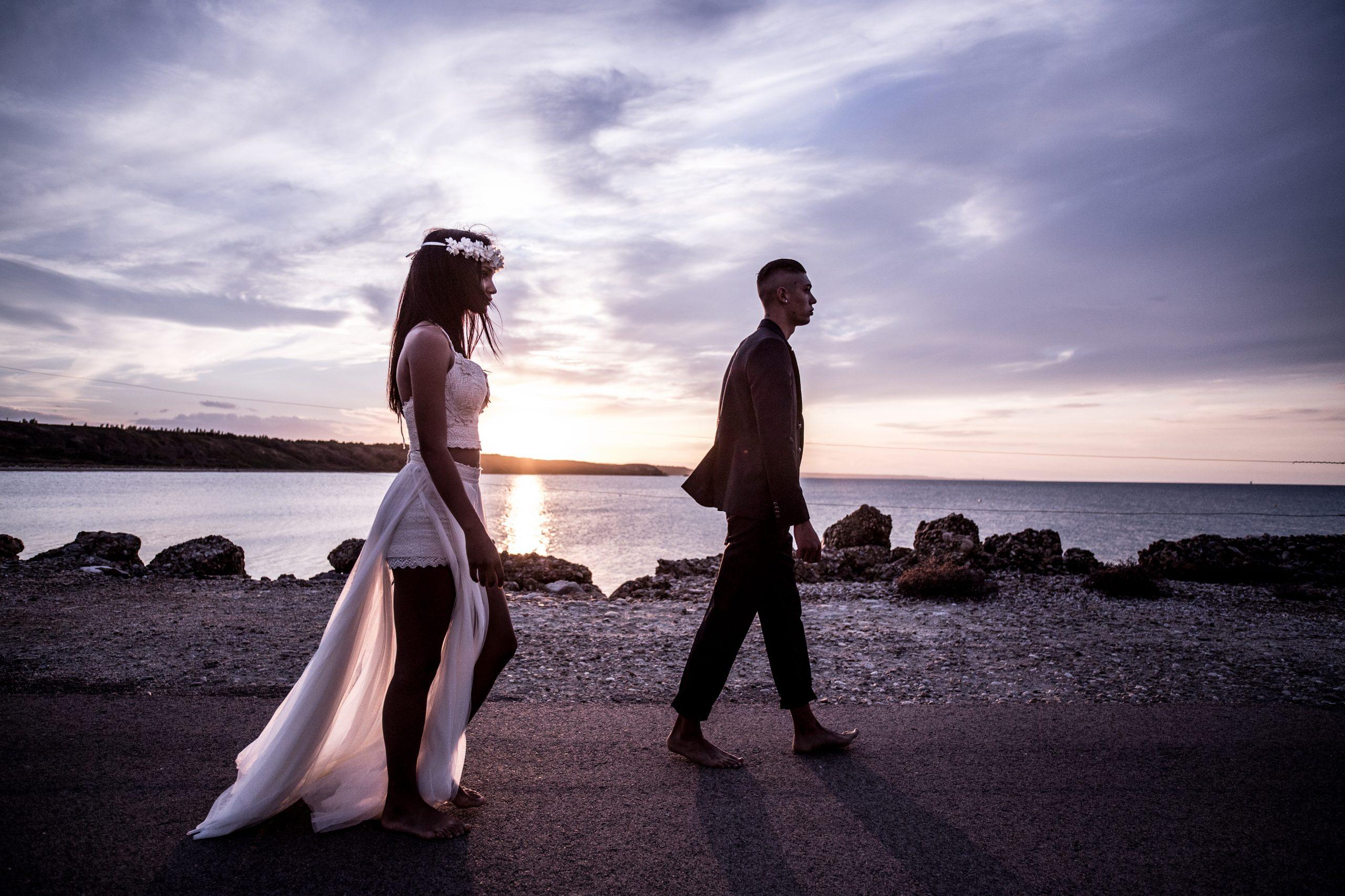 Hochzeitsmode zwei Models
