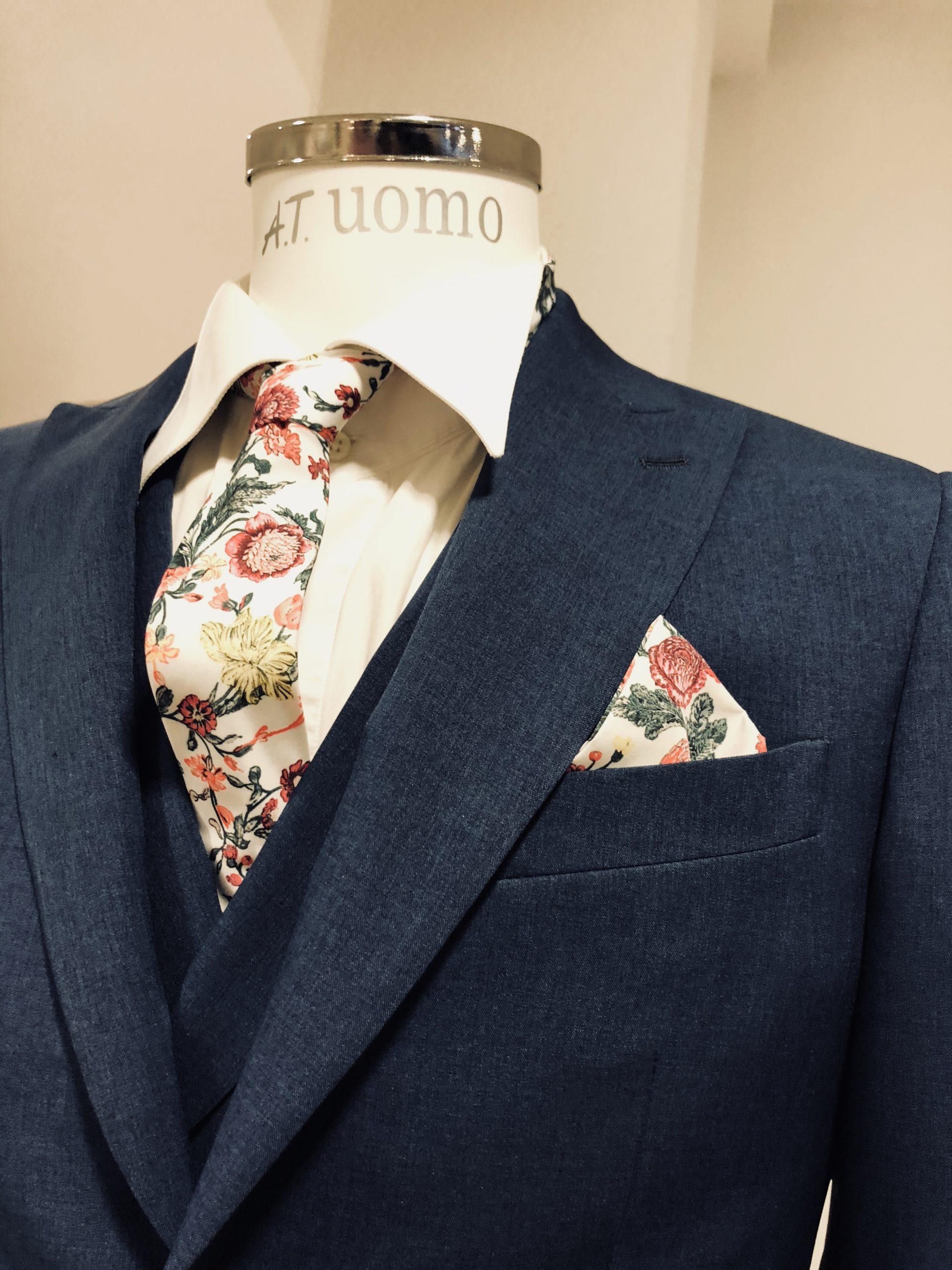 Anzug / Hochzeitsanzug von A.T. Moda Sposa